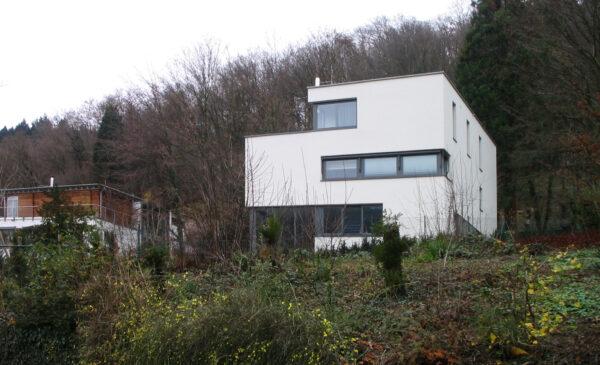 Villa über dem Neckar